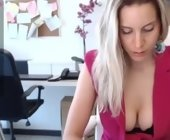 Chat cam sex free  with tiffany925. Female webcam from italy