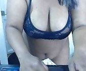 Sex live cam chat  with LAURA. Female webcam from  twitter@rosexmarycol