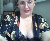 Live sex cam to cam  with Kris-48214. Brunette with big boobs