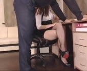 Porn live cam free  with Carrie1337. Redhead with medium breasts