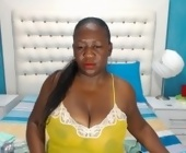 Web cam porno  with BombShell2u. Brunette with huge breasts