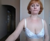 Free live cam sex show  with MomKsenia. Redhead with big boobies